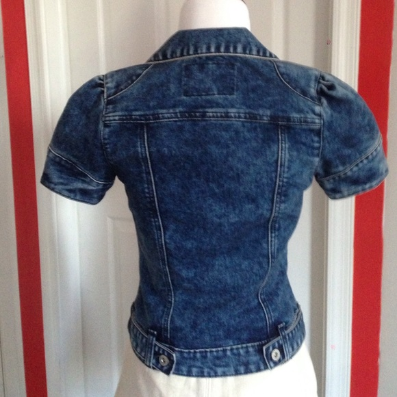 GUESS - Adorable Short Sleeve Jean Jacket from Megn's closet on ...