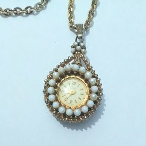 Vintage Jewelry - Vintage Coro Movement Watch Pendant Necklace