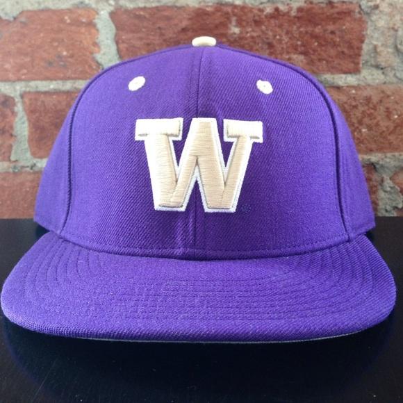 508636760 Nike University of Washington Hat