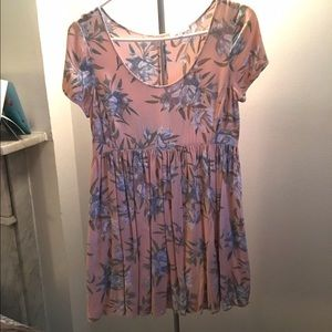 Aritzia Talula Hibiscus Babydoll Dress