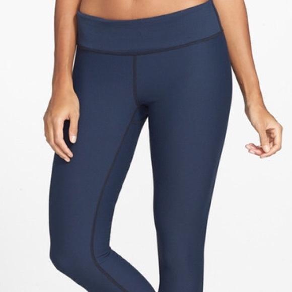Zella - Zella live in leggings yoga pants navy XL from 😸✝✡'s ...