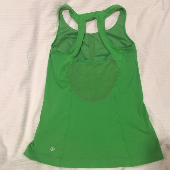 477ee4c8b1e1b lululemon athletica Tops - Lululemon 🍀 Kelly Green Running Yoga Tank Top