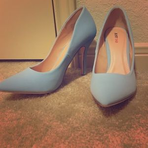 Light blue/ periwinkle/ baby blue JustFab pumps