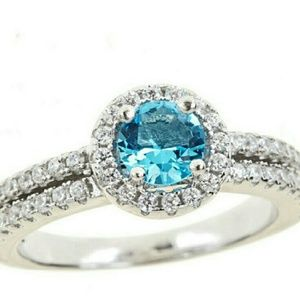 Jewelry - 🎀Sale🎀 Sterling Silver Aquamarine Ring