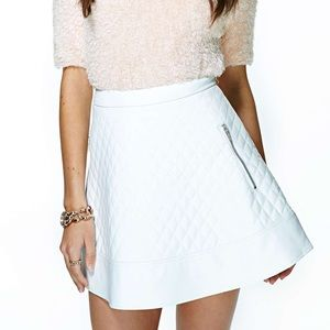 NWT Nasty Gal Naomi white quilted pleather skirt
