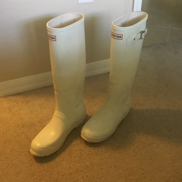 66 off hunter boots shoes sale hunter rain boots from jennifer 39 s closet on poshmark. Black Bedroom Furniture Sets. Home Design Ideas