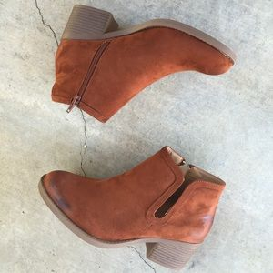 Whiskey side cut out ankle boots