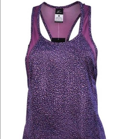 210d09c9bc155 Nike Women s Dri-Fit Printed Crew Running Tank Top.  M 57b38814f739bc5d6b00f67d