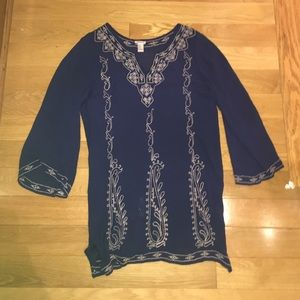 Dresses & Skirts - Blue dress with white stitched design