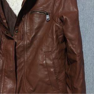 83c0aa58fbd3e Steve Madden Jackets   Coats - Steve Madden light brown jacket. Size large.
