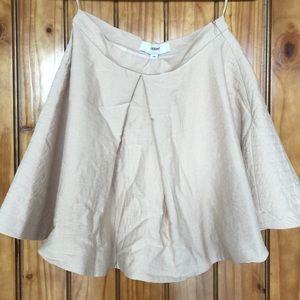 Cameo Dresses & Skirts - Brand new Cameo skirt