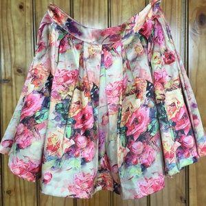 Varga Dresses & Skirts - Varga full mini skirt.