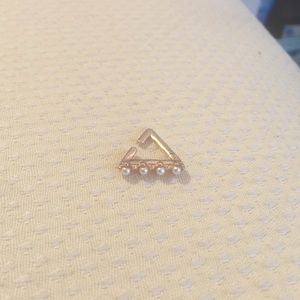 Asos tiny pearl & rose gold ear cuff