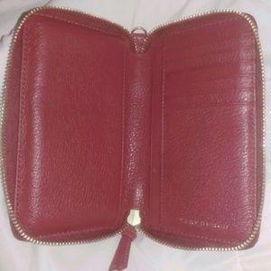 4a5cd0451f4 Tory Burch Bags - NWOT Tory Burch Harper Smartphone Wristlet