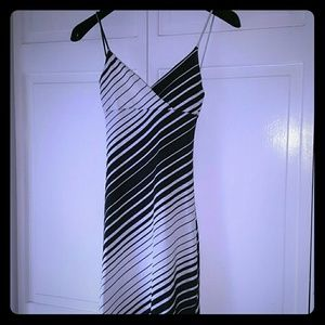 Dresses & Skirts - Cheap Black and White striped dress Small