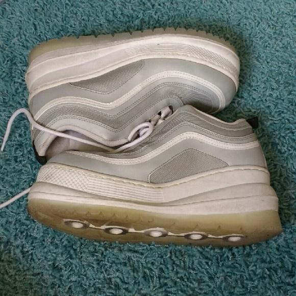 l.e.i. Shoes   Silver Moonwalk Platform