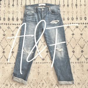 A&F / boyfriend jeans