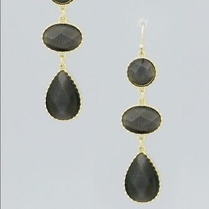 GOLD TONE & BLACK FACETED TEARDROP DROP EARRINGS