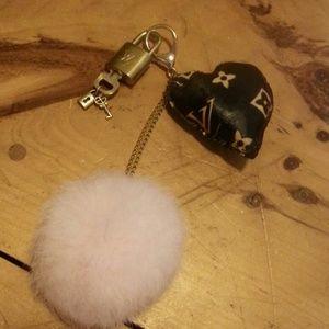 Auth. Louis Vuitton Lock Set