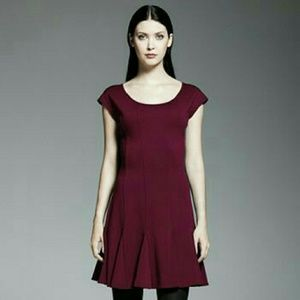 Catherine Malandrino Dresses & Skirts - Burgundy Scoop Neck Cap Sleeve Dress