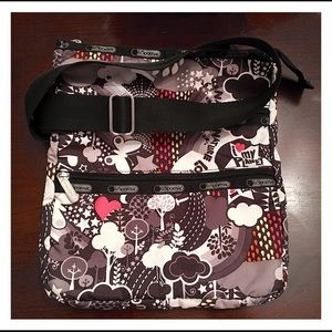 LeSportsac Swing Pack