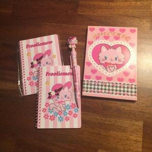 Sanrio Hello Kitty Frooliemew Note Pad Bundle