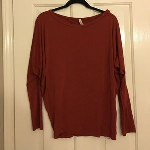 Tops - Burnt orange top
