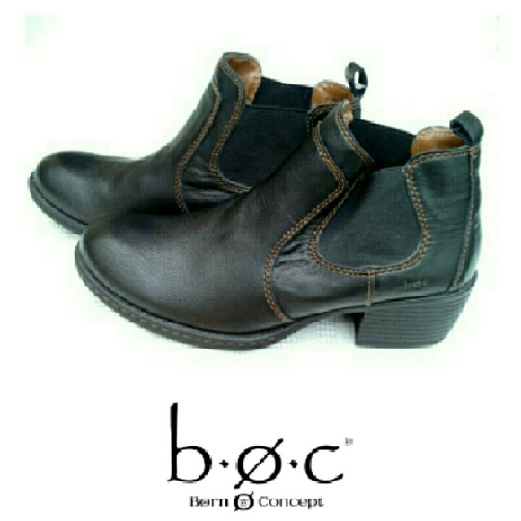 BORN B.O.C. BROWN ANKLE BOOTS