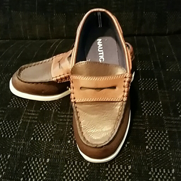 e4317b58433 NWOT Nautica Penny Loafers for little boys