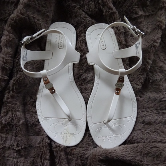 936f9d20a84f ... uk coach new york womens white jelly sandals b82d2 f38af ...