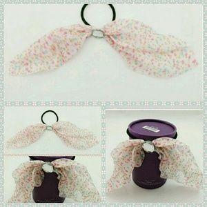 Accessories - 🍃🌸💕Light pink flower hair ties💕🌸🍃