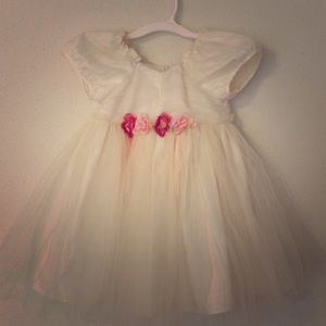 Bonnie Baby Other - Vintage ivory Bonnie Baby dress 24mo