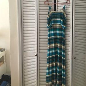 Karina Grimaldi Dresses & Skirts - Karina Grimaldi striped maxi dress