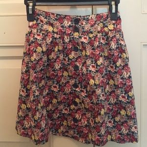 Adorable Floral Button Up Forever 21 Skirt Size M