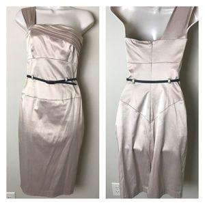 Black Halo Dresses & Skirts - Black Halo Jackie O dress size 2