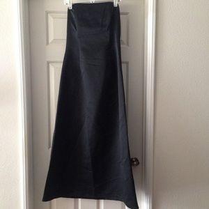 Jessica McClintock Dresses & Skirts - Black Satin Strapless Dress (12)