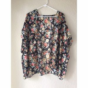 Oh La La Sweaters - NWOT Floral Shawl