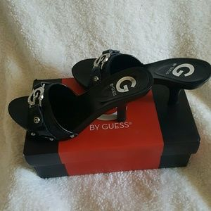 G by GUESS black shoes ! ??