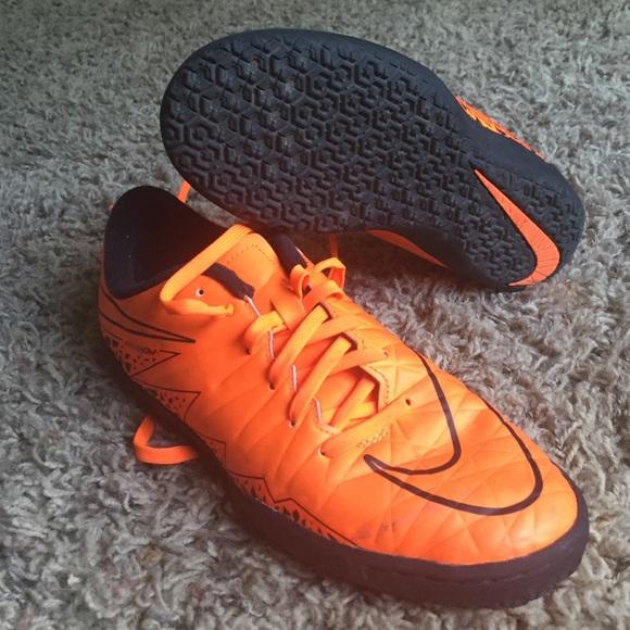 b3cccb5b2 Nike Shoes   Hypervenom Phelon Ii Ic Soccer Youth   Poshmark
