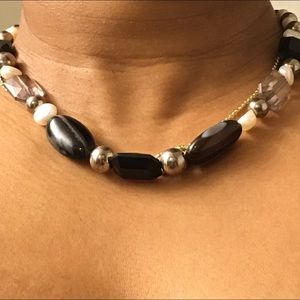 "Jewelry - Nice earthy tone chunky 16"" necklace!"