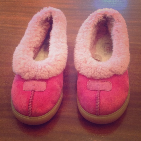 0a5e6533e23 UGG hot pink slippers. Hard sole