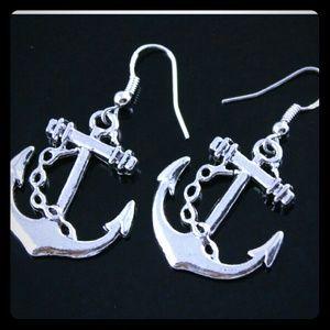 Jewelry - Silver anchor earrings