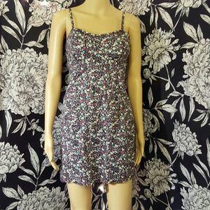 Pull&Bear Dresses & Skirts - Floral pencil dress