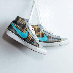 Nike Shoes - VINTAGE NIKE 'SCHOOLGIRL' BLAZER