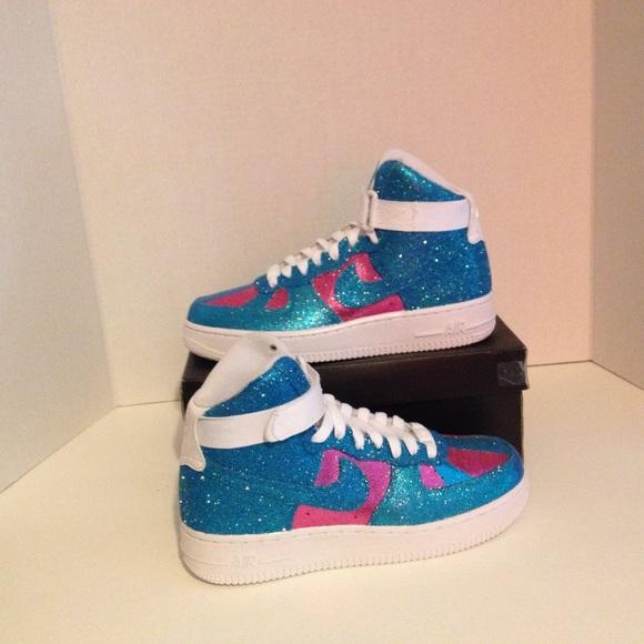 le scarpe nike air force alto usanza lustrini blu e rosa poshmark