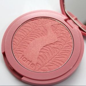 "Tarte Blush in ""Exposed"" Amazonian Clay Pigment"