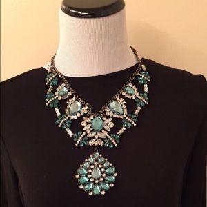 Zara Jewelry - NWT Zara Statement Necklace Emerald Green