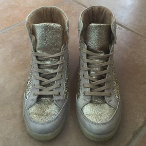 ALDO GOLD GLITTER SHOES
