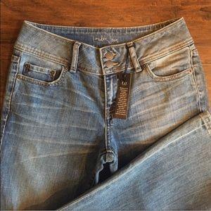 Victoria's Secret Denim - NWT! VS Lightwash London jeans!