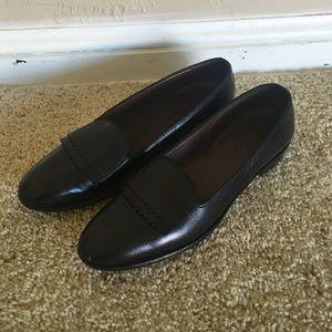 Allen Edmonds Shoes - Allen Edmonds black leather loafers
